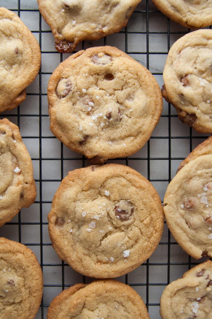 Caramel chocolate chip cookies with sea salt