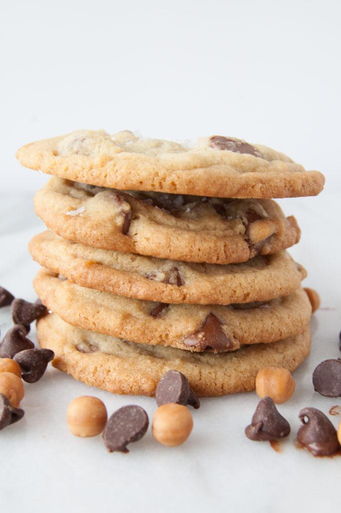 Caramel chocolate chip sea salt cookies