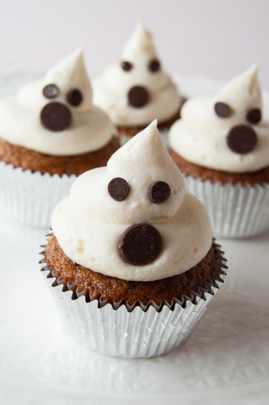 easy ghost mini cupcakes