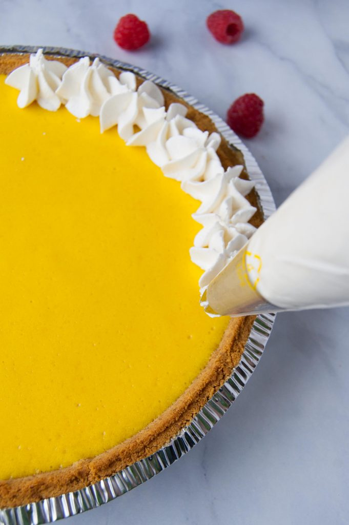 decorating lemon pie