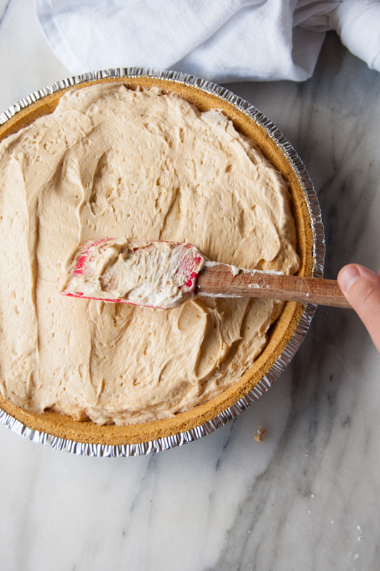 Smoothing peanut butter pie