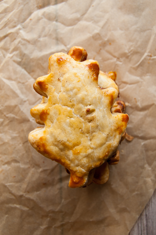 leaf shaped apple hand pie