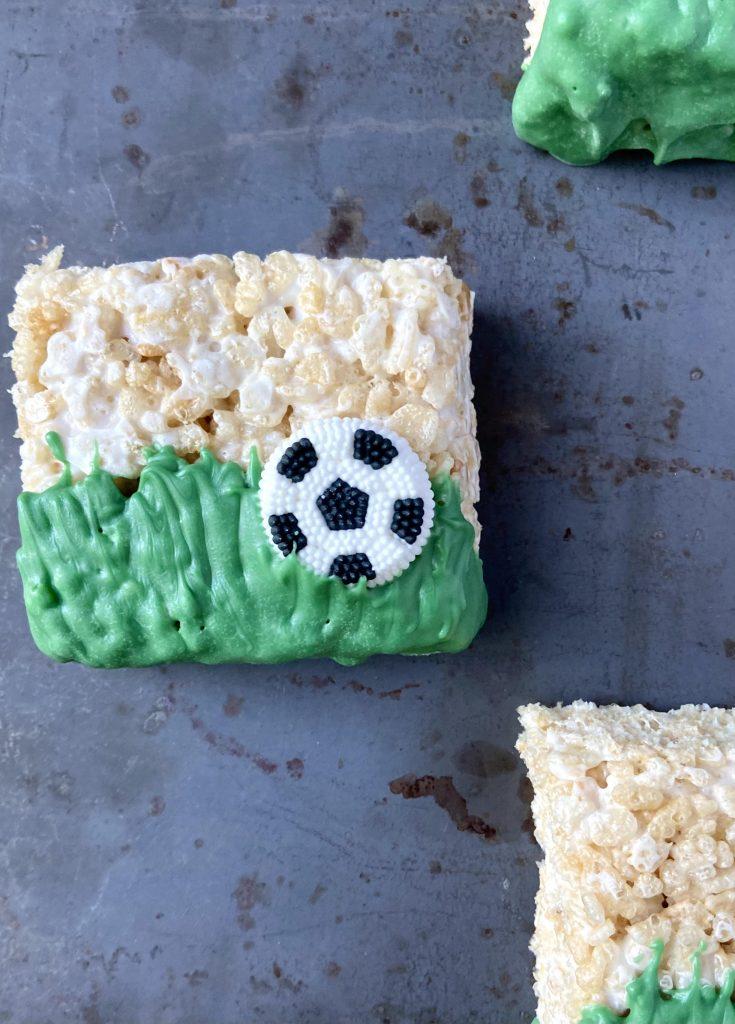 easy soccer rice krispie treat